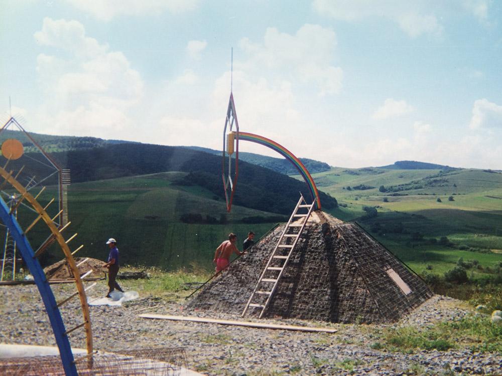 Ansamblul monumental de la Tauseni